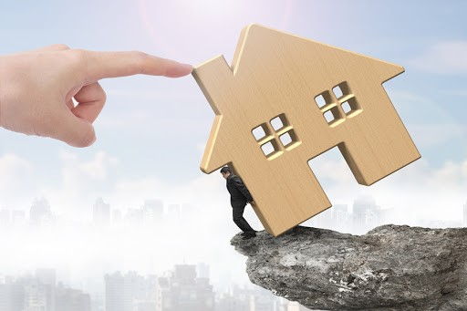 The Real Estate Risk